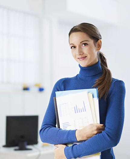 Assurer la tenue de la comptabilité et la réalisation des paies courantes